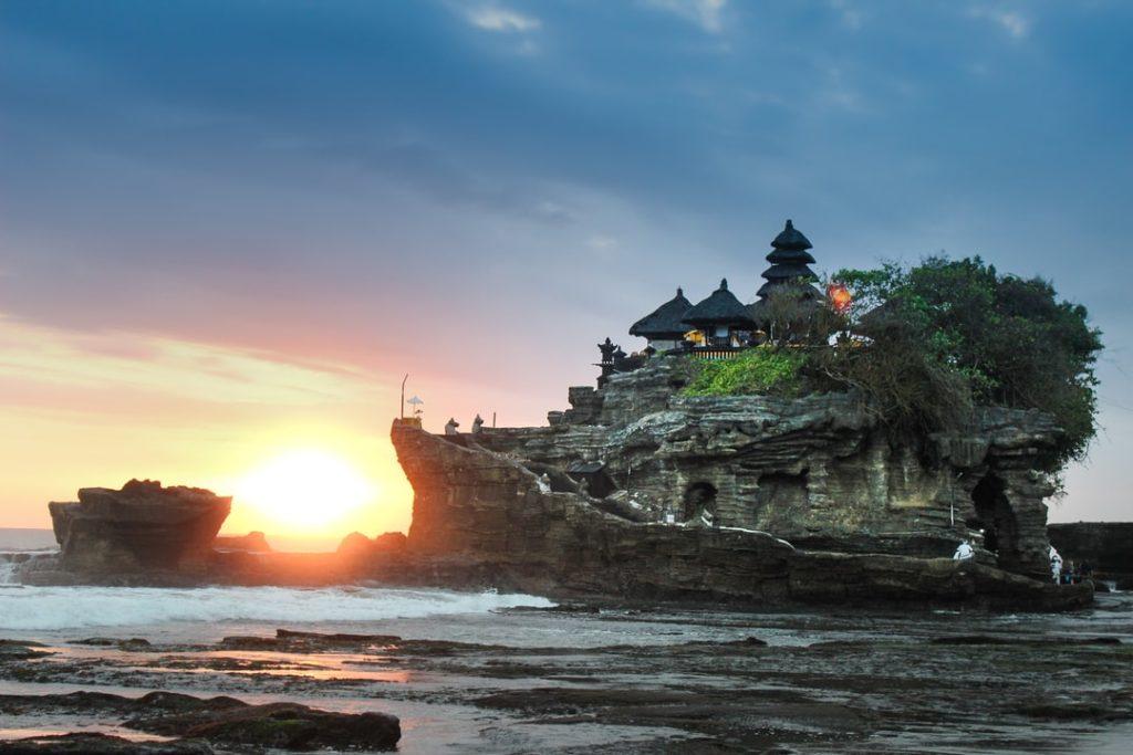 5 Tempat Wisata Yang Unik Dan Instagramble Di Bali Kompasidn