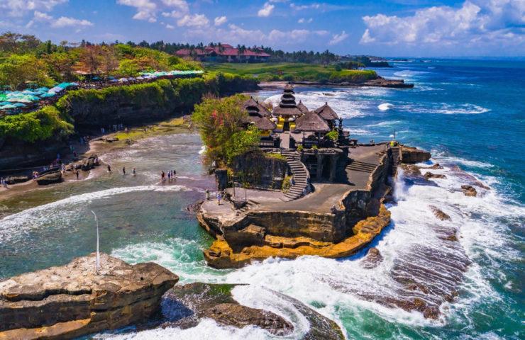 10 Tempat Wisata Favorit Wisatawan di Indonesia